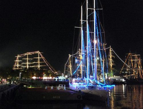 帆船夜景2.jpg